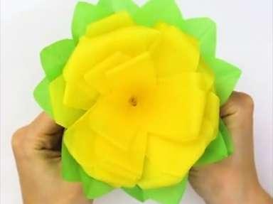 گل های کاغذی برای دیزاین جشن تولد