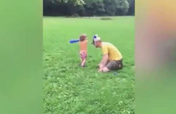 لحظههای بامزه از ورزش کردن بچهها