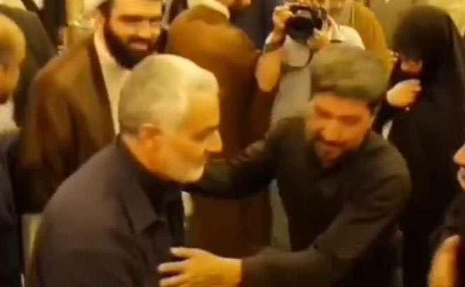 واکنش سردار سلیمانی به کسانی که سعی دارند دستش را ببوسند