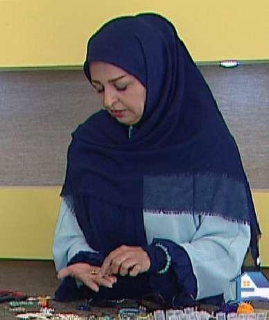 خانم محمدی | آموزش دستبند کریستالی با بافت ( به زبان آذری )