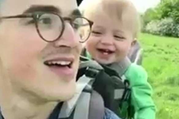واکنش نوزاد برجام وقتی پدرش تمام آرزوهها را به باد میدهد
