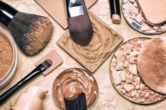 چطور آرایش کنیم که معلوم نشود؟