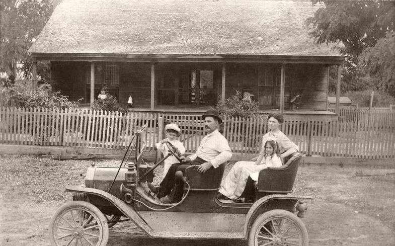۱۰ اتومبیل آنتیک از دل تاریخ