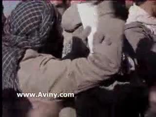*سینه زنی و مداحی رزمندگان در جبهه به زبان عربی*