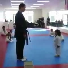 کودک کاراته کار !