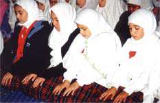 توأم كردن نماز با تجارب متنوع و خوشایند برای كودكان و نوجوانان (7)