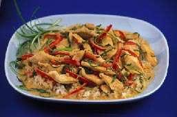 خوراك مرغ و سبزیجات كم چرب به روش تایلندی