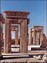 شیوه های معماری در دوره هخامنشان
