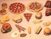 غذاهای آماده و فوری را کم بخورید (Fast Foods)