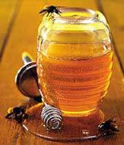 شفافیت پوست با عسل