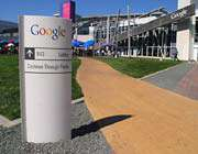 چرا کارکنان گوگل دمپایی به پا می کنند؟