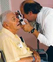 درمان عوارض چشمی در دیابت
