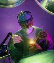 واكنش به انتقاد تند علیه جراحی با لیزر