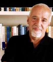تصویری از «پائولو كوئلیو»، نویسنده سرشناس آمریكای لاتین