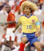 کارلوس والدراما  کاپیتان کلمبیا بیشتر بخاطر موهایش مشهور بود