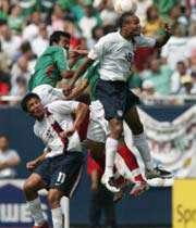 دیدار آمریکا و مکزیک در فینال گلد کاپ
