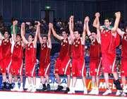 شادی بازیکنان تیم ملی بسکتبال بعد از قهرمانی