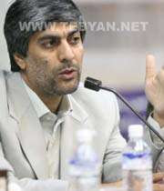 کیومرث هاشمی سرپرست فدراسیون فوتبال