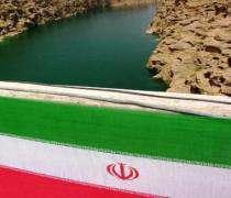 Mahmoud Ahmadinejad :L'Iran a besoin d'une infrastructure plus forte pour son développement économique.