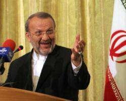 Manoucher Mottaki : s'ils veulent entamer des négociations, les USA devraient changer leur politique.
