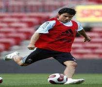 Football: Javier Saviola, un départ avec le goût amer
