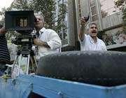 حال و هوای دههی50 در خیابان طالقانی تهران