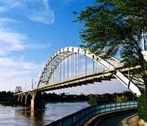 پل سفید، اولین پل معلق ایران