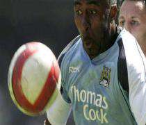 Football: Manchester City accepte l'offre de rachat.