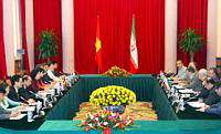 Mohammad Ali Abadi soutient la nécessité de conforter davantage les relations entre l'Iran le Vietnam