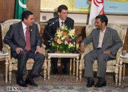 Президент ИРИ: Иран и Туркменистан воспользуются всеми возможностями для расширения своих отношений