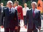 Буш прибыл в Албанию при повышенных мерах безопасности