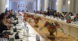Президент Таджикистана наградил двух иранских политиков высшим орденом республики