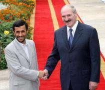 Акцент Ахмади-Неджада на развитии отношений с Белоруссией