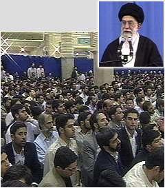 Ayetullah Hamenei: 'İslam ümmetinin tek kurtuluş yolu, İslami benliğine dönmektir.'