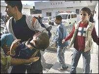 Patlamamış İsrail bombası iki çocuğu öldürdü