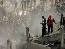 İsrail uçakları Filistin'e füze yağdırıyor