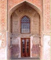 قصر عالى قابو