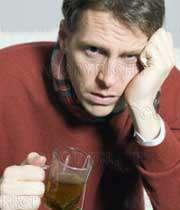 مردي مبتلا به آنفلوآنزا