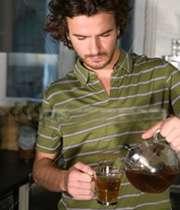 نوشیدن چای داغ سرطان زاست