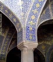 مذهب،منبع معماری مساجد ایران