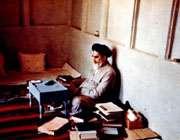 امام خمینی از بازداشت تا آزادی