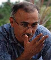 پرویز شیخ طادی