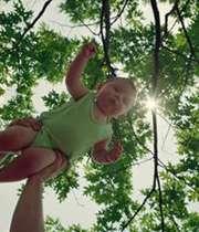 لباس مناسب نوزاد در تابستان کدام است؟