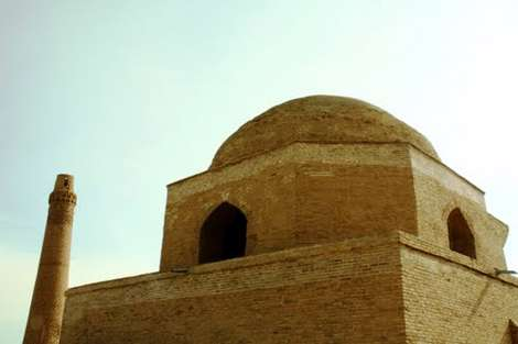 ميل اياز؛ قديمي ترين بناي غزنويان