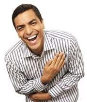 مردی در حال خندیدن