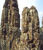 معبد البايون في أنغكور