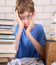 چگونه به فرزند خود برای آمادگی در امتحان ها و آزمون ها کمک کنیم؟
