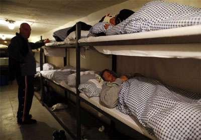 پناهگاه زیرزمینی