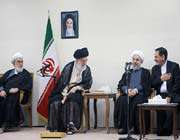 روحانی و رهبری