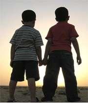 دوستانِ فرزندانِ خود را بشناسید